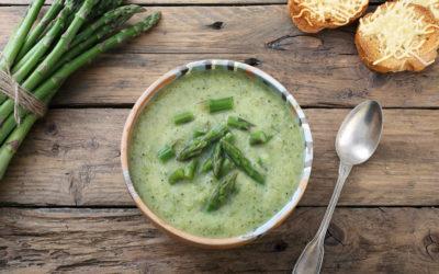 Sopa Fria De Algas Y Espárragos