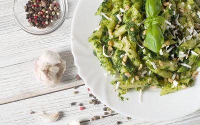 Pasta Con Pollo Y Pesto De Algas